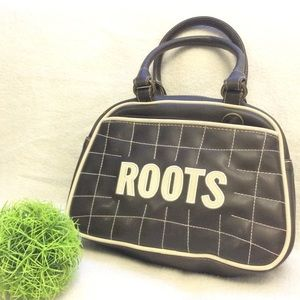 Small Roots quilted lettered brown/white handbag